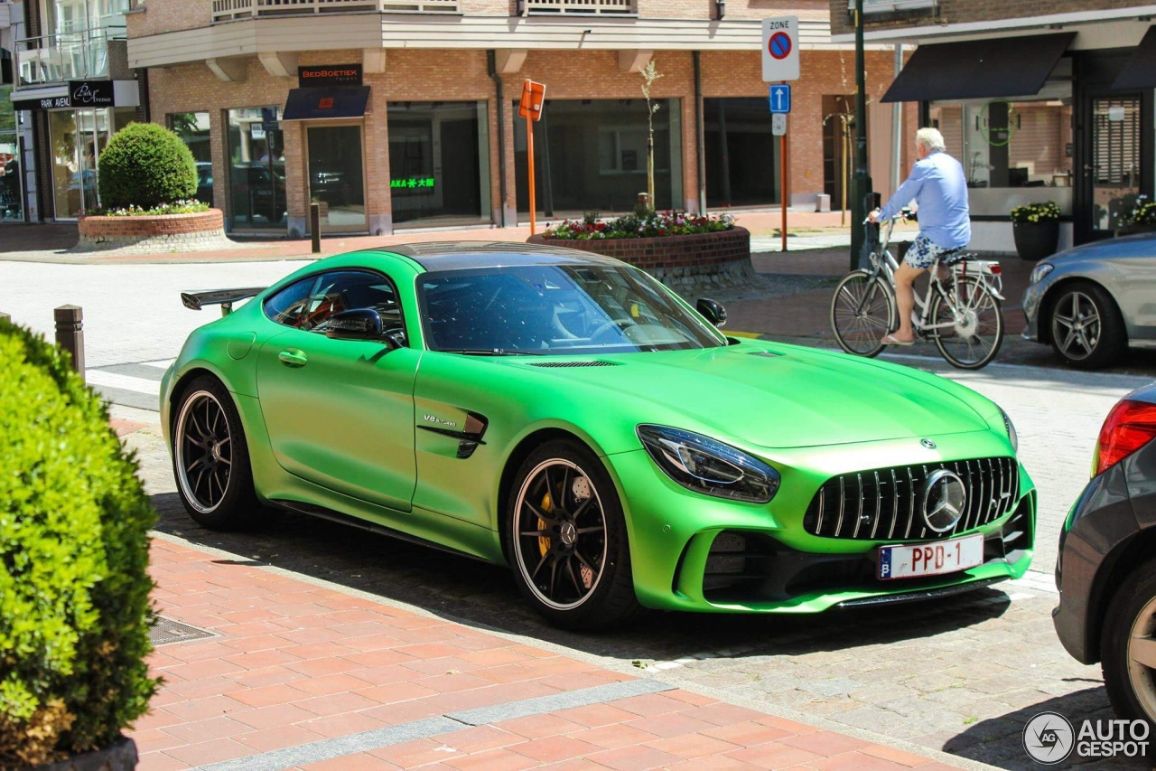 mercedes amg gt r 12 june 2017 autogespot. Black Bedroom Furniture Sets. Home Design Ideas