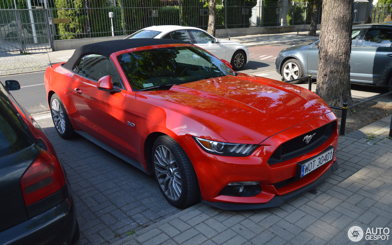 Ford Mustang GT Convertible 2015 - 15 June 2017 - Autogespot  Ford Mustang GT...