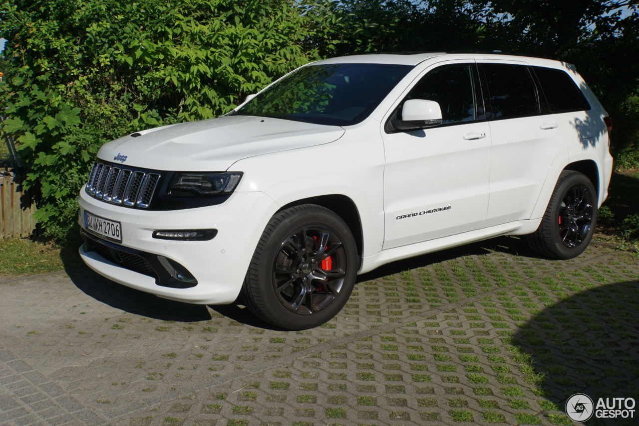 jeep grand cherokee srt 8 2013 20 juni 2017 autogespot. Black Bedroom Furniture Sets. Home Design Ideas