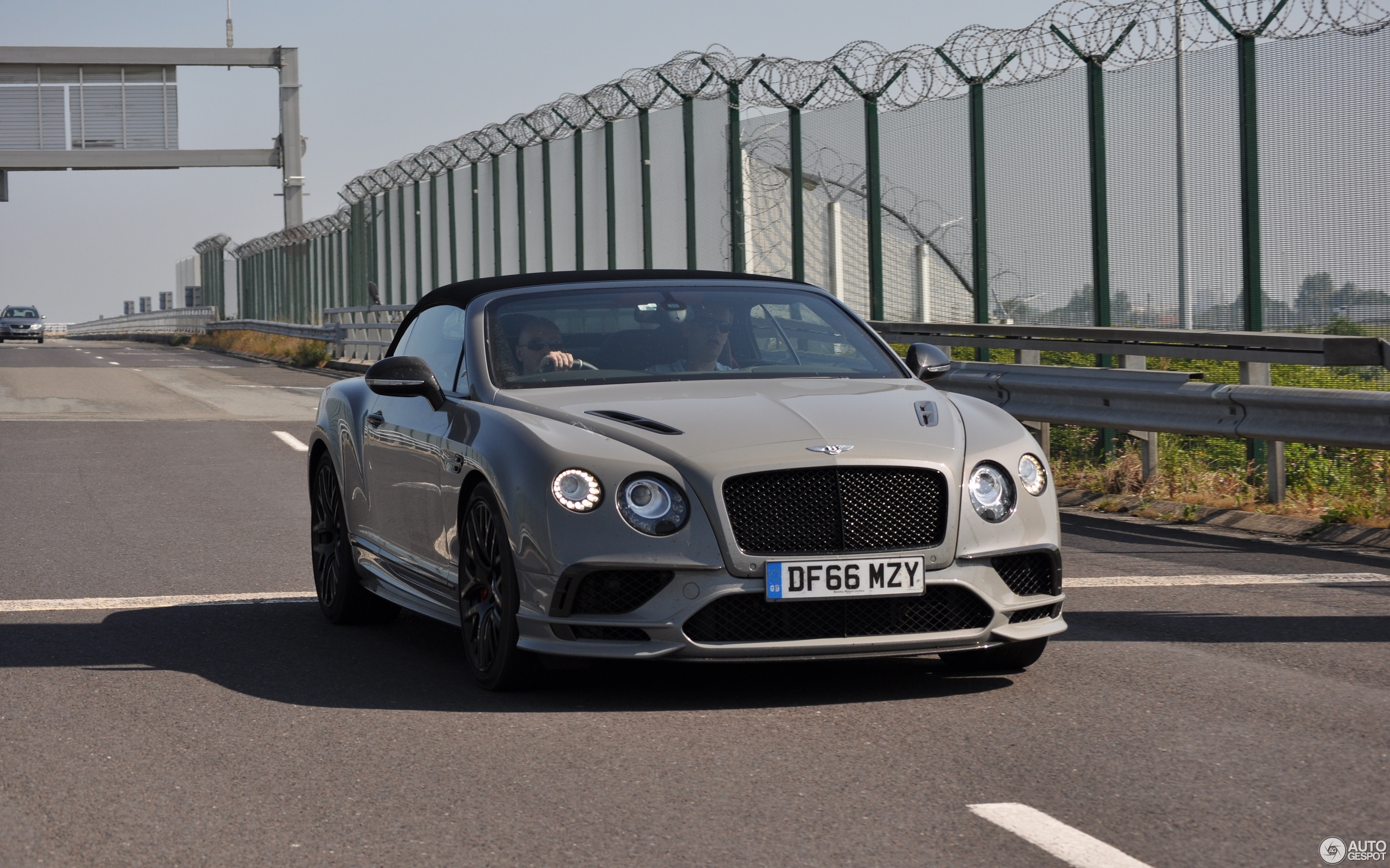 photos for develops back is the news supersports gt bentley horsepower convertible continental