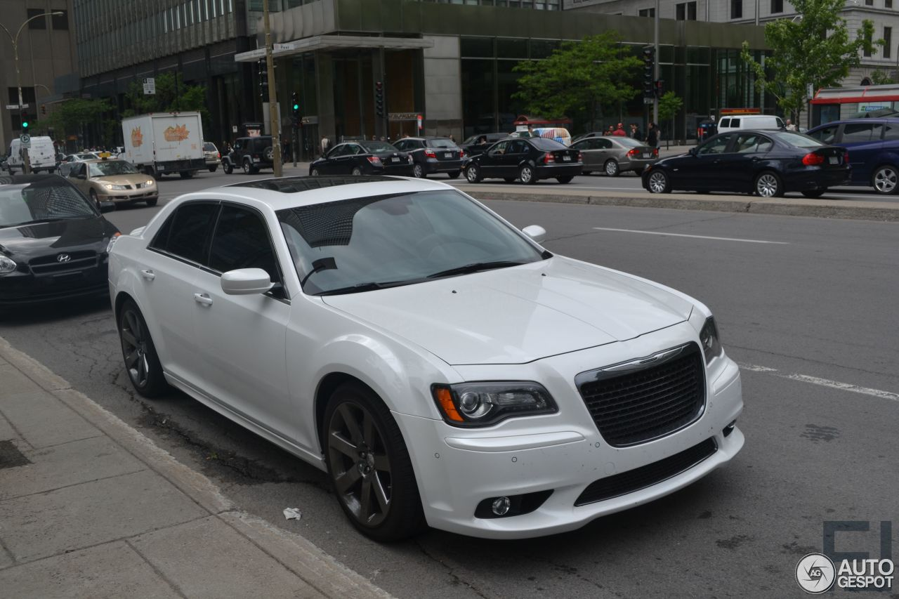 chrysler 300c srt8 2013 21 june 2017 autogespot. Black Bedroom Furniture Sets. Home Design Ideas