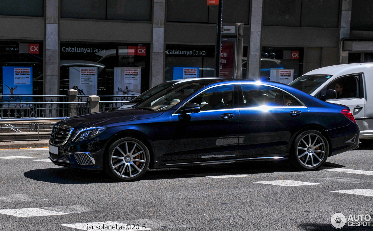 Mercedes benz s 65 amg v222 21 june 2017 autogespot for Mercedes benz 65 amg