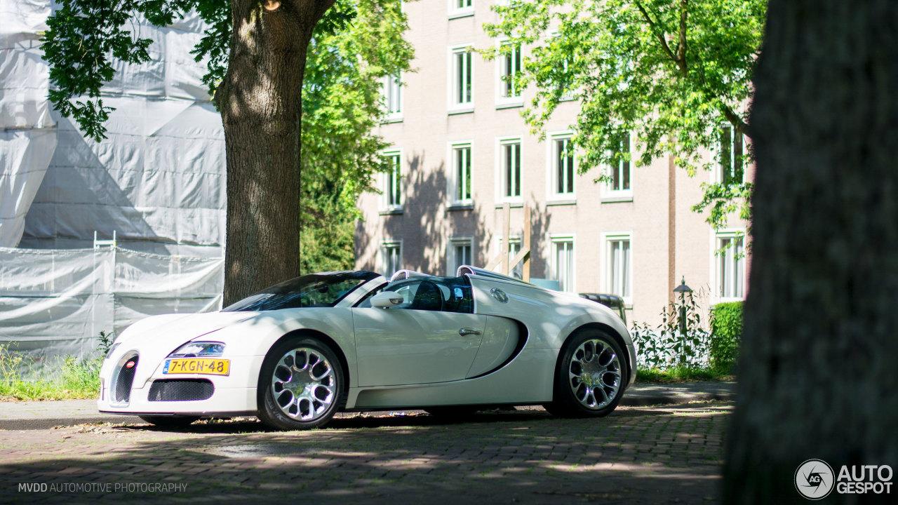 bugatti veyron 16 4 grand sport 23 juin 2017 autogespot. Black Bedroom Furniture Sets. Home Design Ideas