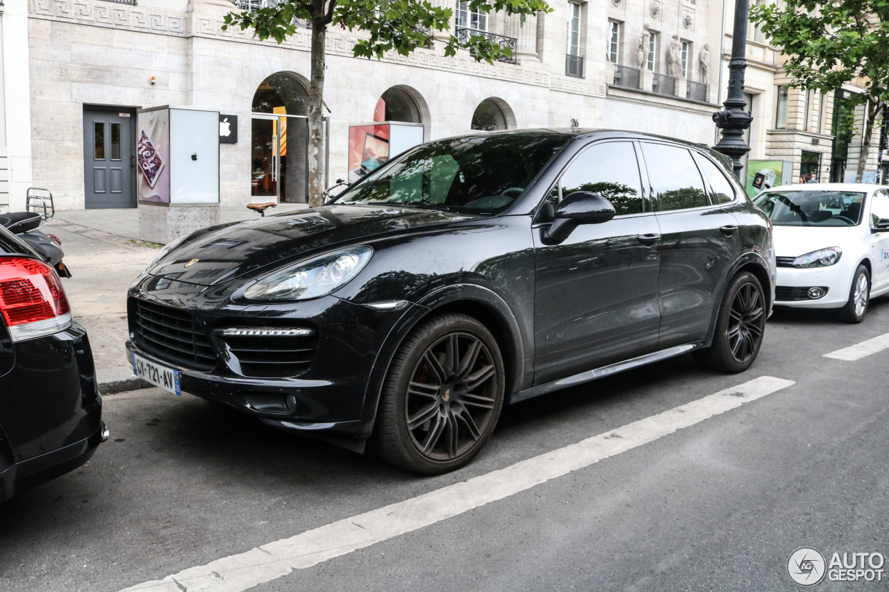 porsche 958 cayenne gts 24 june 2017 autogespot. Black Bedroom Furniture Sets. Home Design Ideas