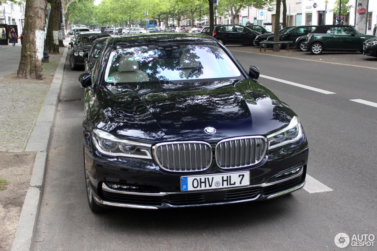 8 I BMW M760Li XDrive