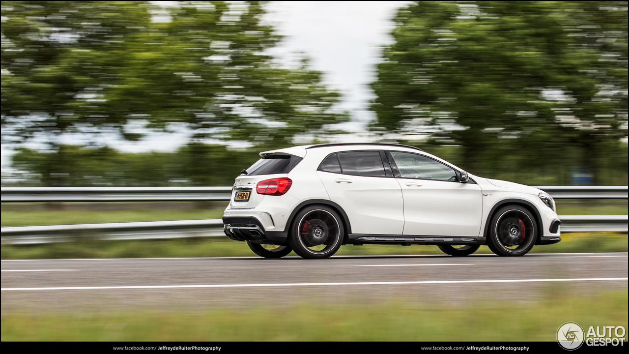 Mercedes benz gla 45 amg x156 30 june 2017 autogespot for 2017 mercedes benz amg gla 45