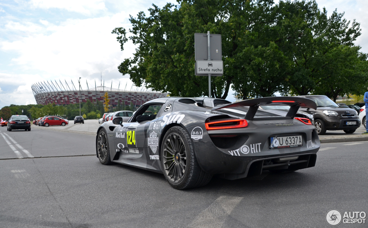 porsche 918 spyder 4 july 2017 autogespot. Black Bedroom Furniture Sets. Home Design Ideas