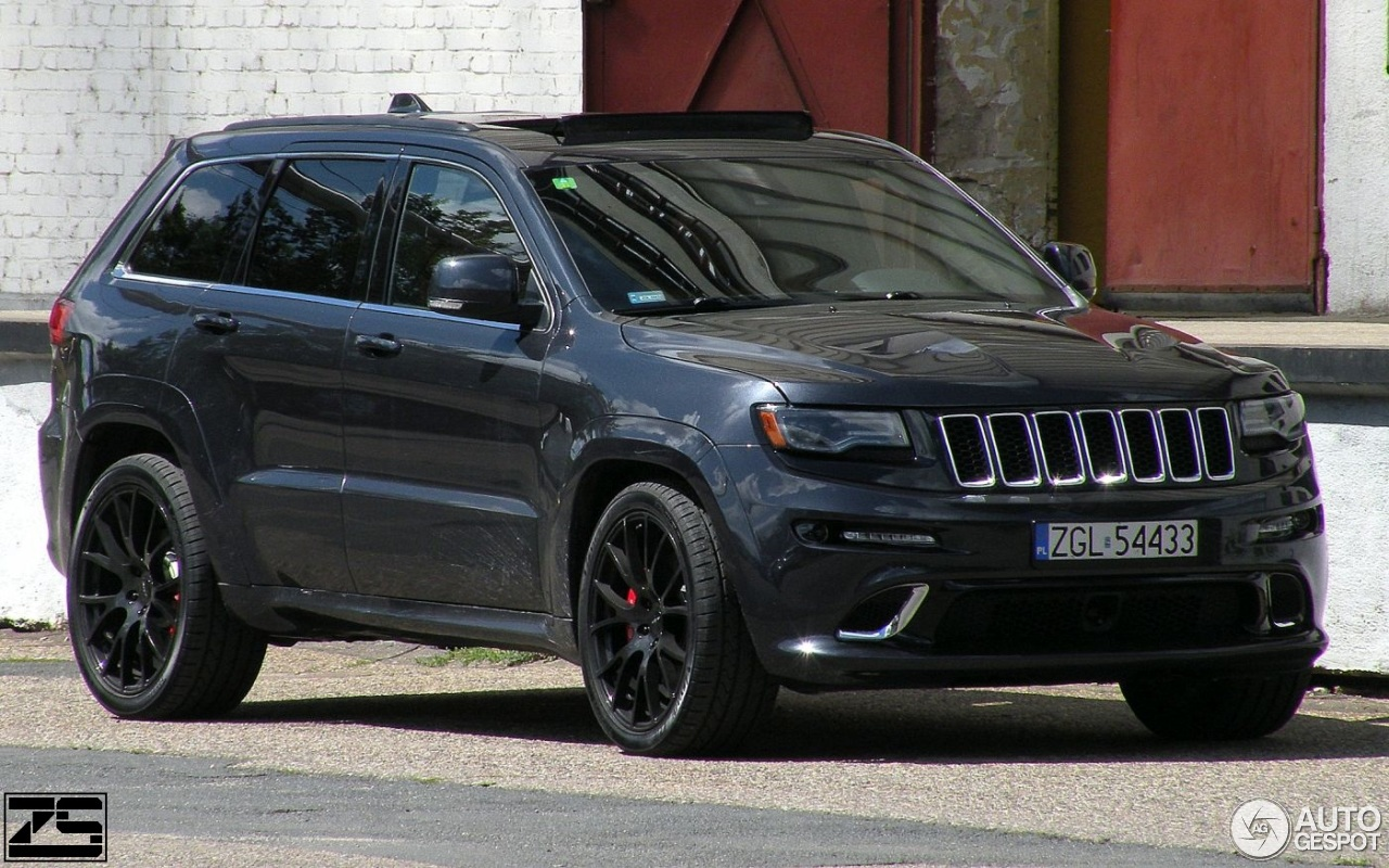 jeep grand cherokee srt 8 2013 5 lipiec 2017 autogespot. Black Bedroom Furniture Sets. Home Design Ideas
