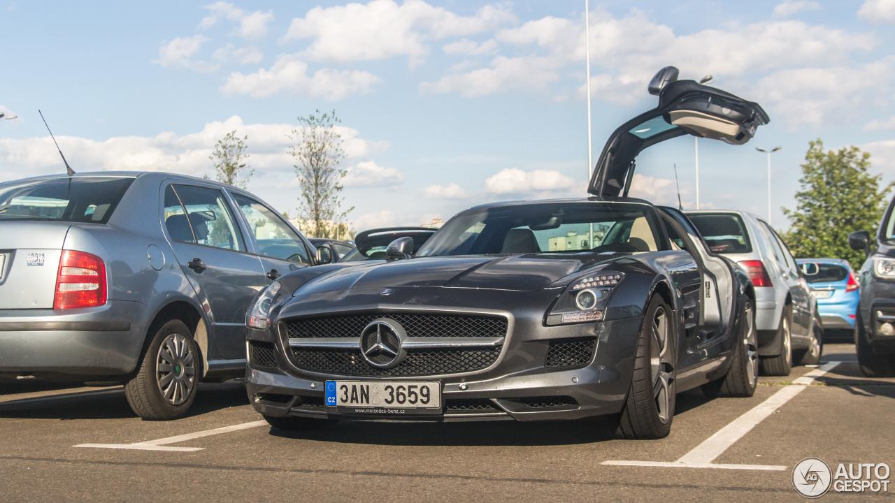 Mercedes Benz Sls Amg 6 Lipiec 2017 Autogespot