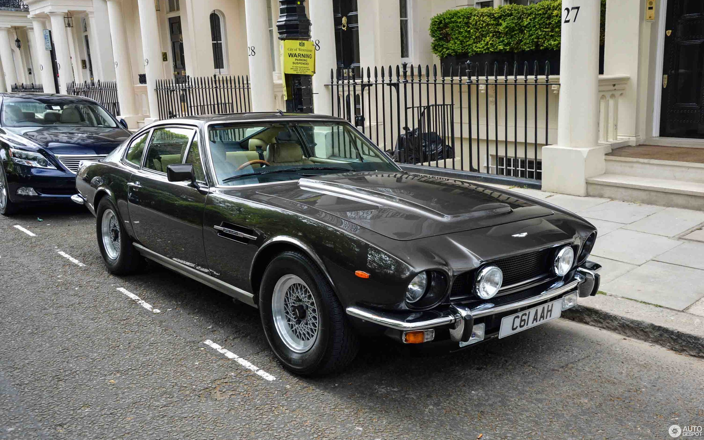 aston martin v8 vantage 1977 1989 7 july 2017 autogespot. Black Bedroom Furniture Sets. Home Design Ideas