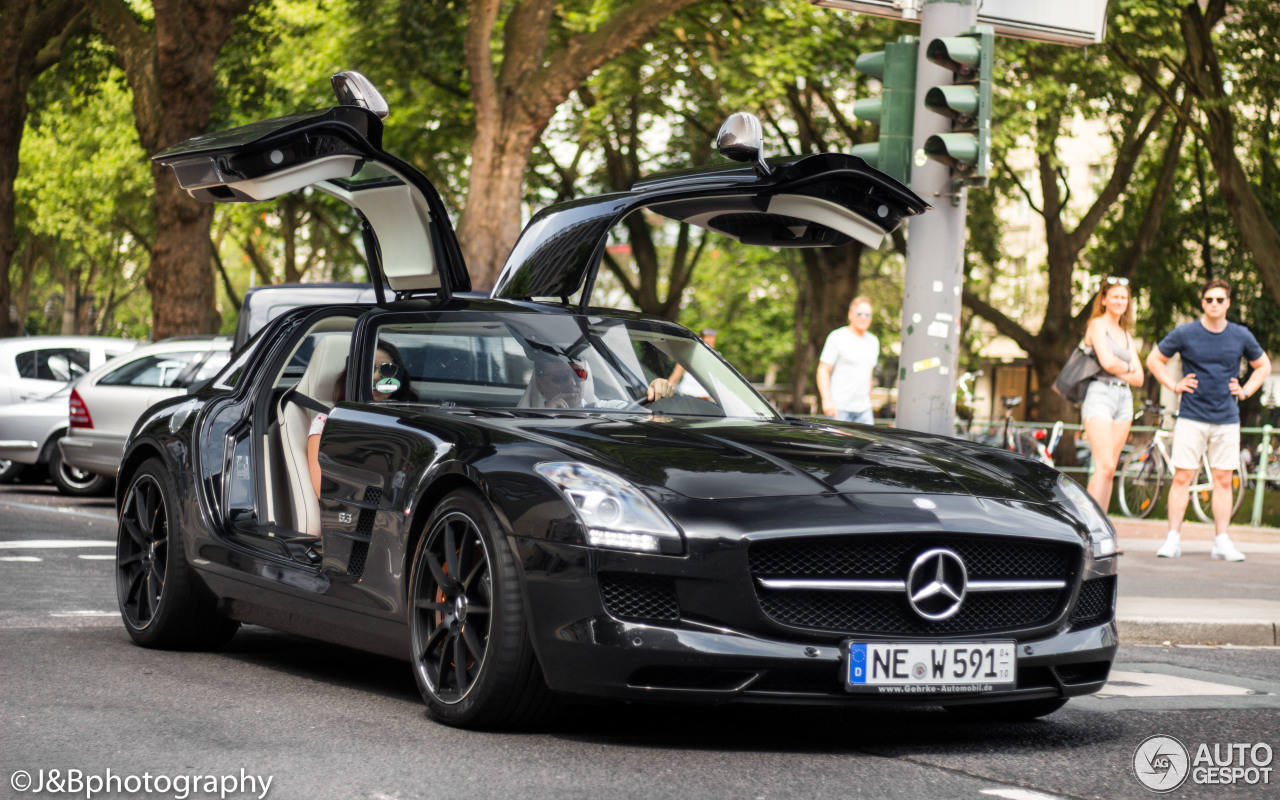 Mercedes Sls Amg 2017 : mercedes benz sls amg gt 9 july 2017 autogespot ~ Maxctalentgroup.com Avis de Voitures