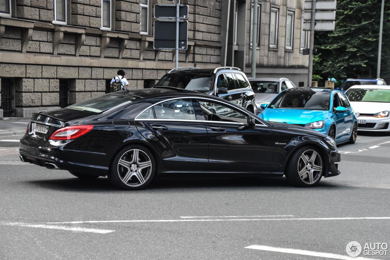 Mercedes benz cls 63 amg c218 11 juli 2017 autogespot for 2017 amg cls 63 mercedes benz