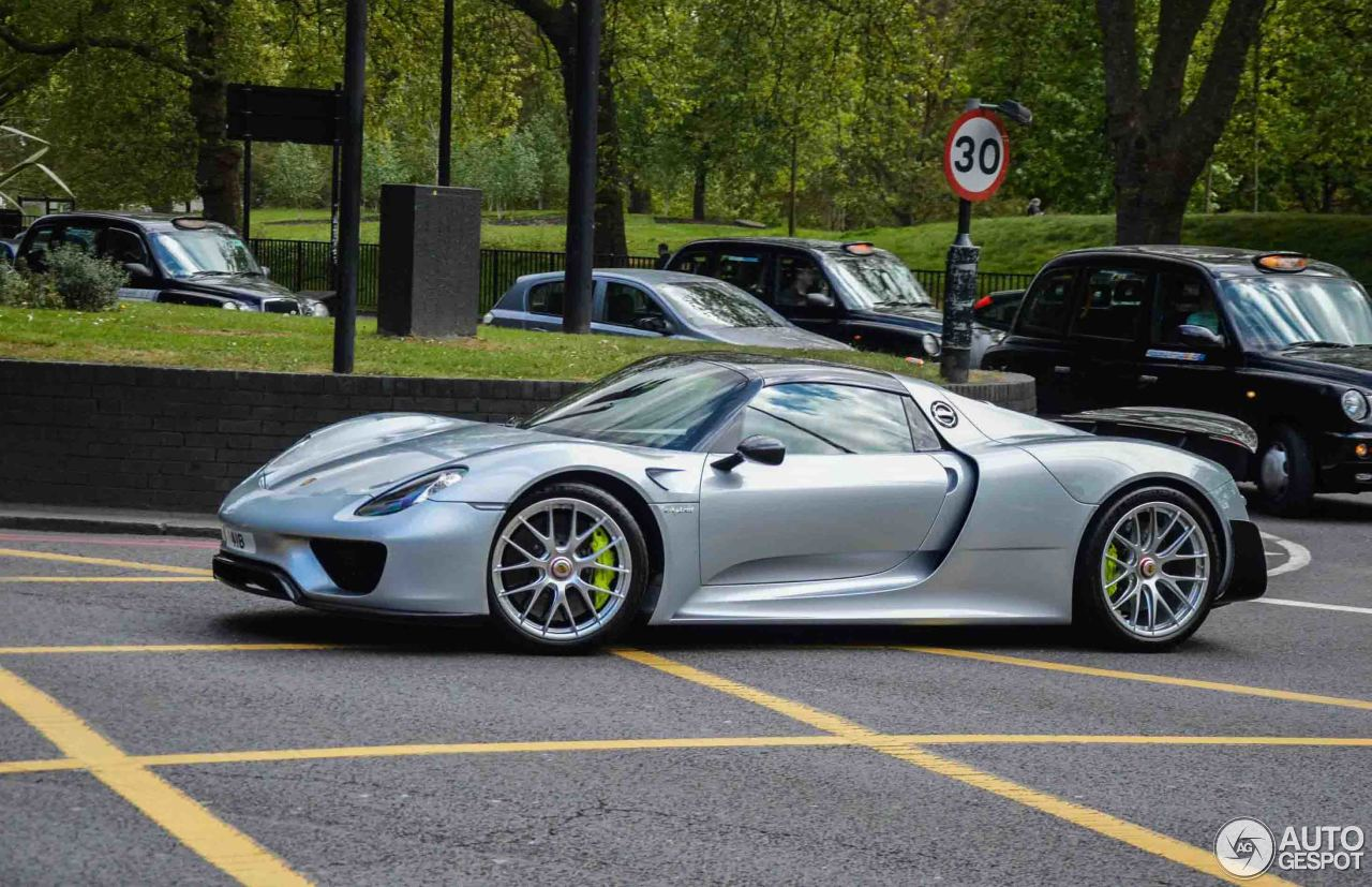 porsche 918 spyder weissach package 11 juillet 2017 autogespot. Black Bedroom Furniture Sets. Home Design Ideas