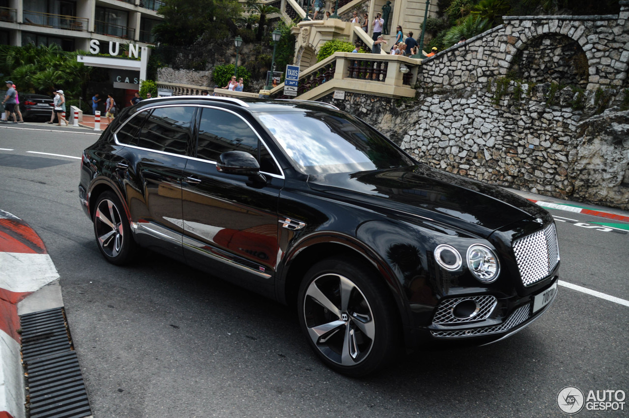 bentley bentayga first edition 13 july 2017 autogespot. Black Bedroom Furniture Sets. Home Design Ideas