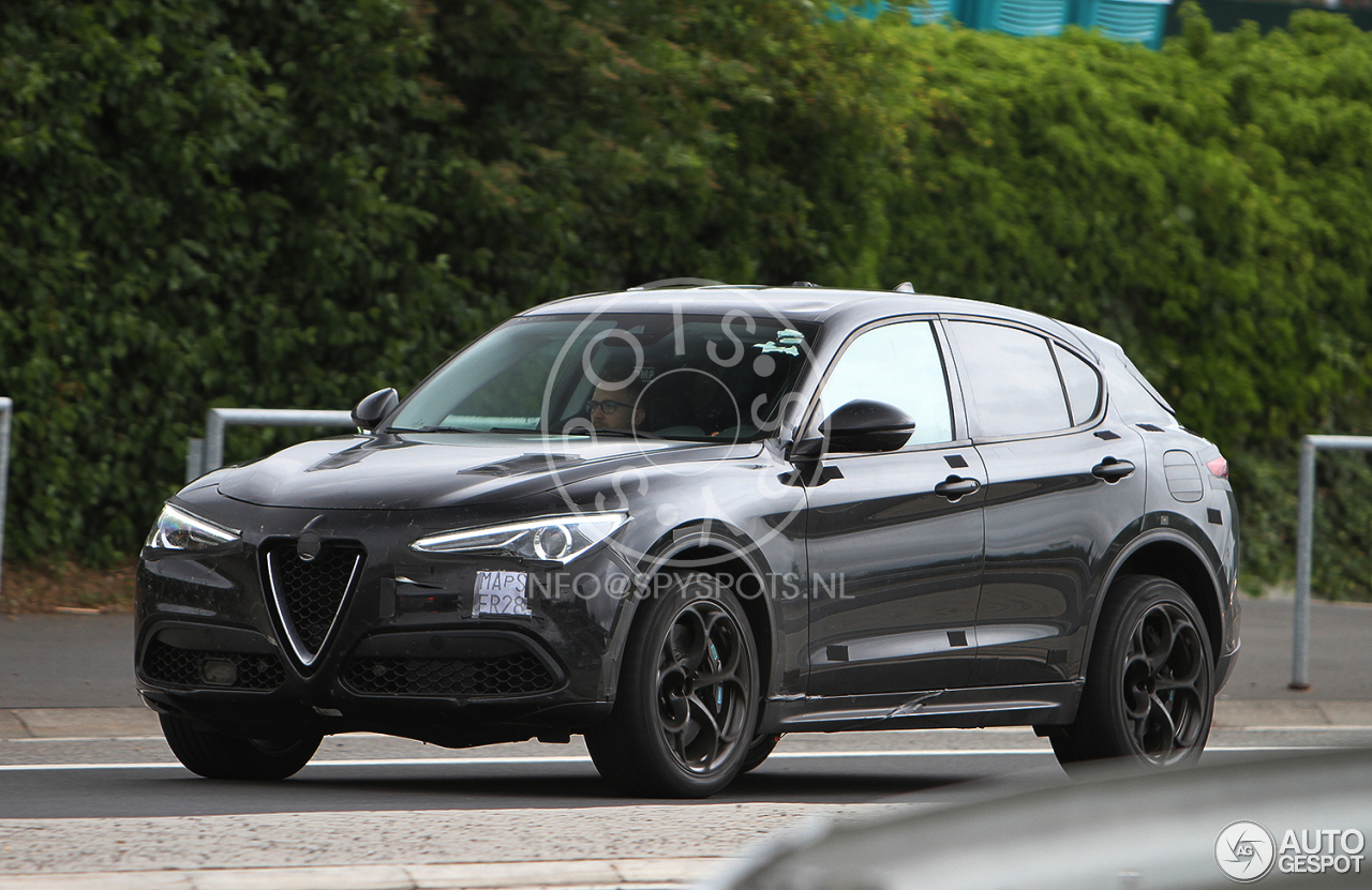 alfa romeo stelvio quadrifoglio 14 july 2017 autogespot. Black Bedroom Furniture Sets. Home Design Ideas