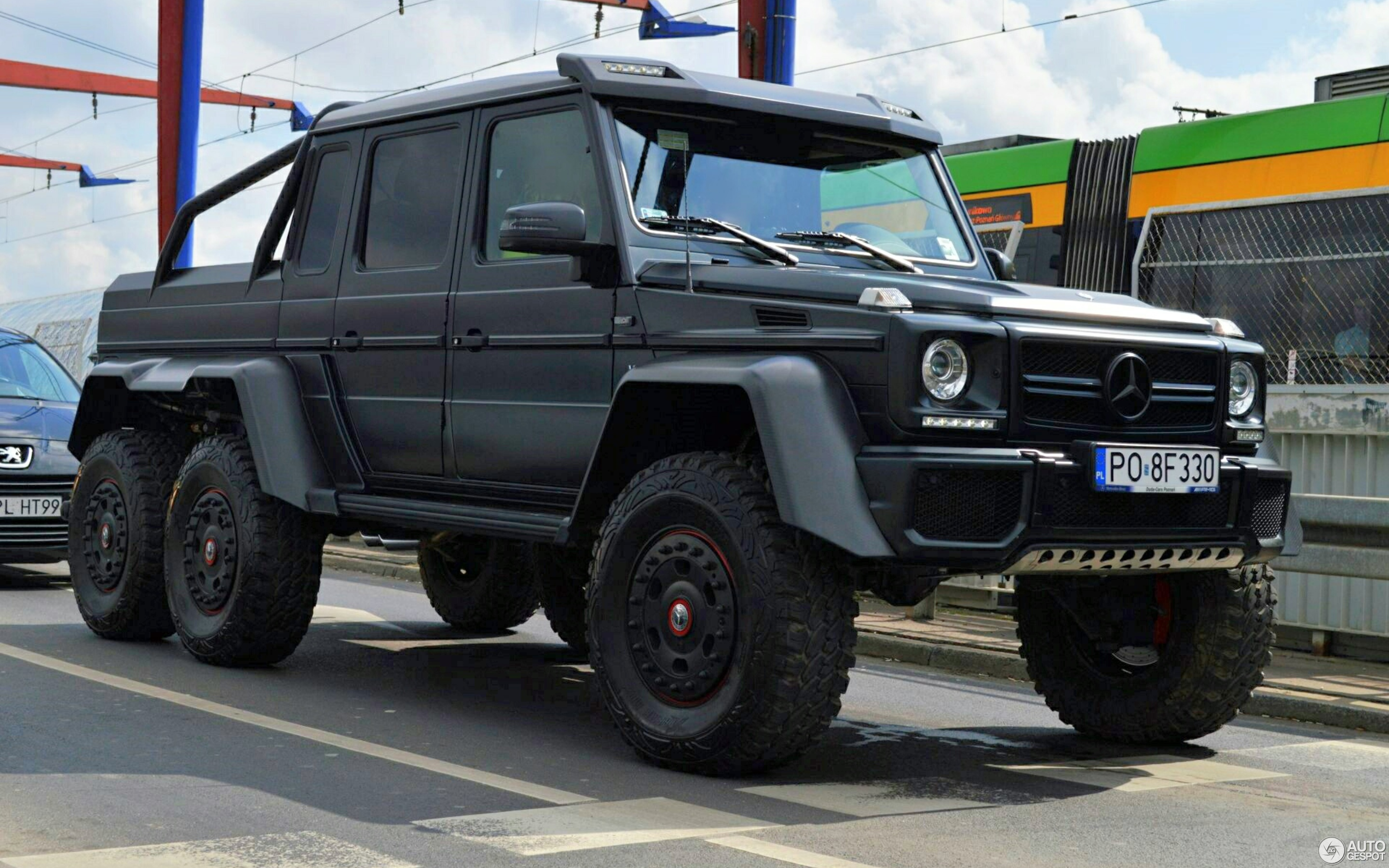 Mercedes benz g 63 amg 6x6 16 lipiec 2017 autogespot for Mercedes benz g63 6x6 amg