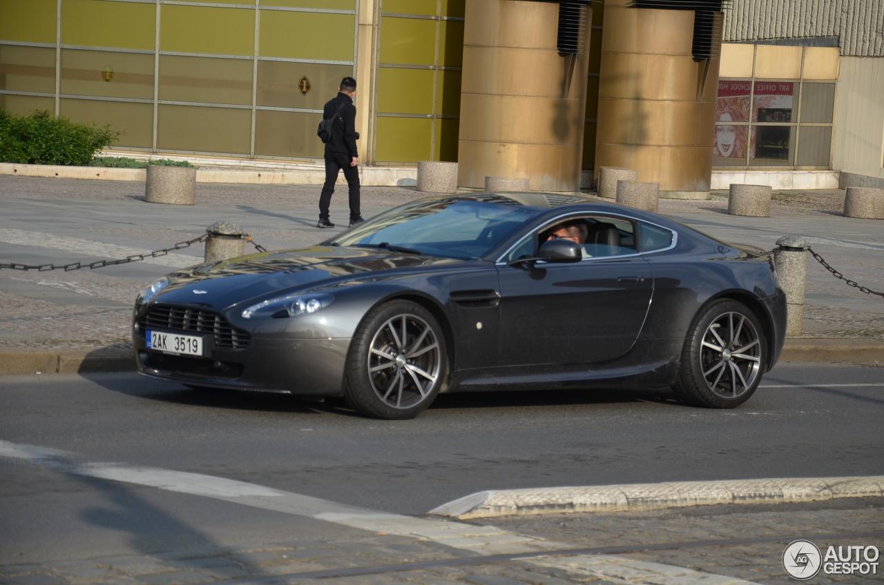 Aston Martin V8 Vantage N420 20 July 2017 Autogespot