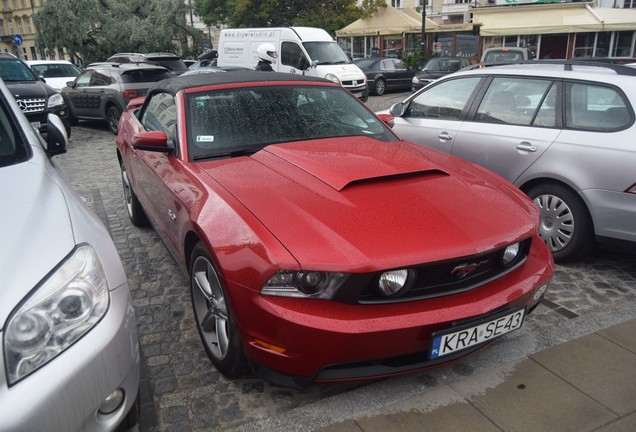 Ford Mustang GT Convertible 2011