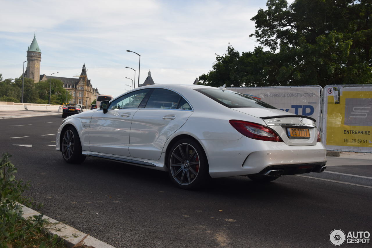 mercedes amg cls 63 s c218 2016 22 july 2017 autogespot. Black Bedroom Furniture Sets. Home Design Ideas