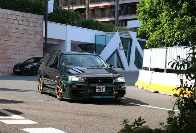 Nissan Stagea R34