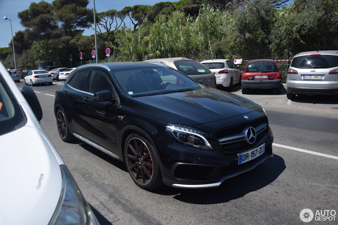 Mercedes benz gla 45 amg x156 1 agosto 2017 autogespot for 2017 amg gla 45 mercedes benz