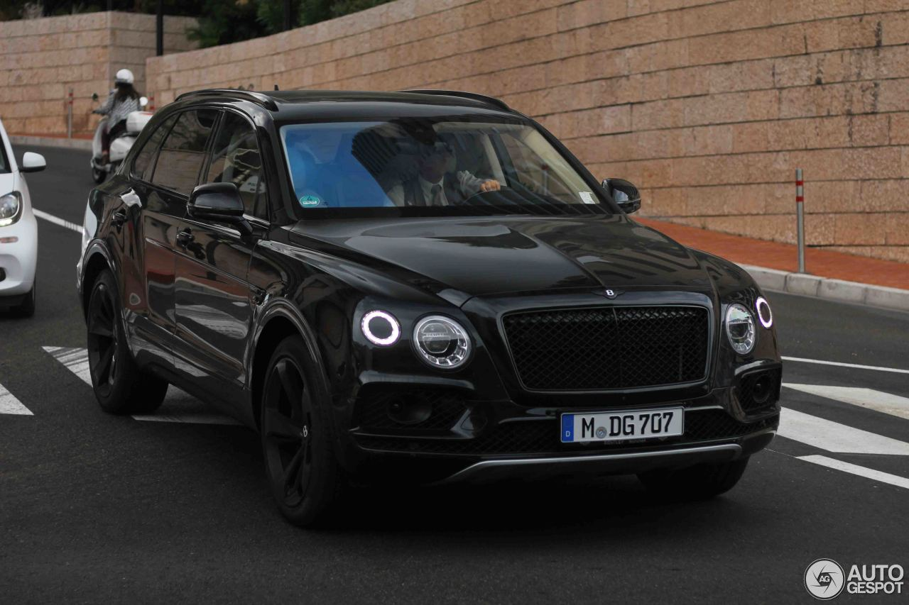 bentley bentayga first edition 2 august 2017 autogespot. Black Bedroom Furniture Sets. Home Design Ideas