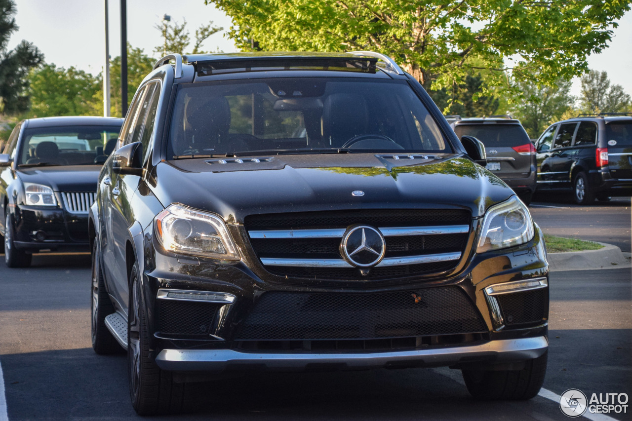 mercedes benz gl 63 amg x166 2 august 2017 autogespot. Black Bedroom Furniture Sets. Home Design Ideas
