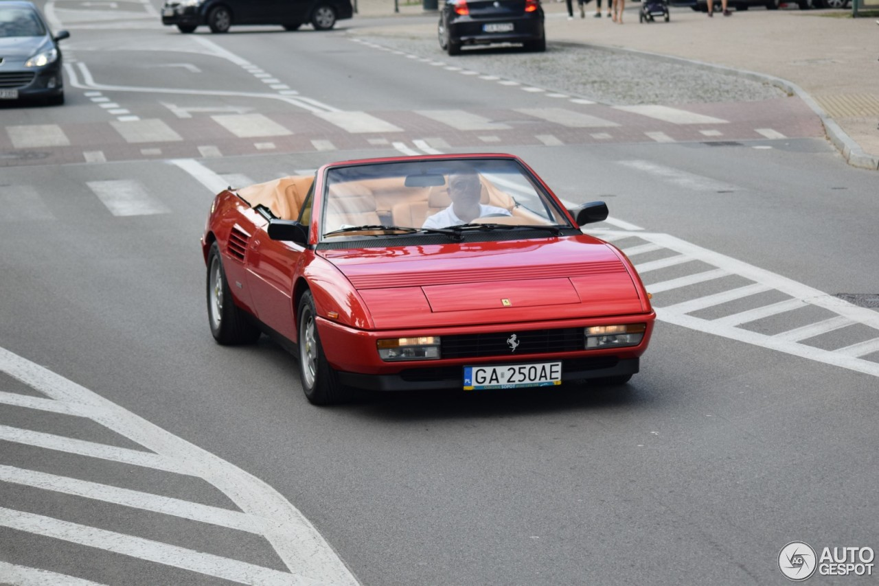 ferrari mondial t cabriolet 3 august 2017 autogespot. Black Bedroom Furniture Sets. Home Design Ideas
