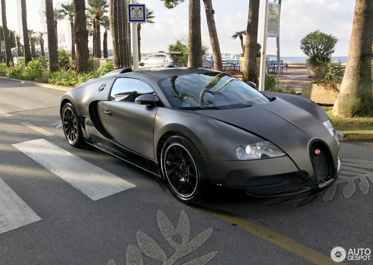 bugatti veyron 16 4 9 august 2017 autogespot. Black Bedroom Furniture Sets. Home Design Ideas