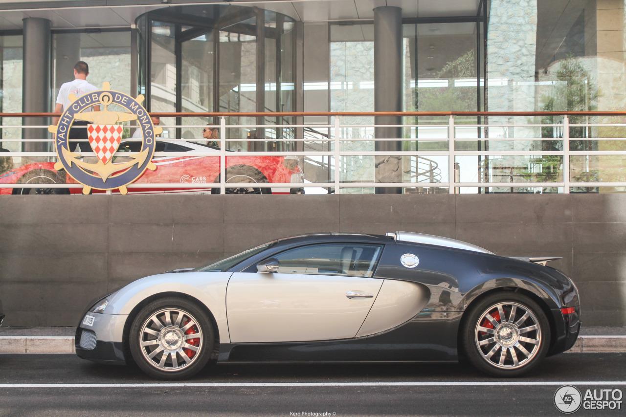 bugatti veyron 16 4 10 august 2017 autogespot. Black Bedroom Furniture Sets. Home Design Ideas