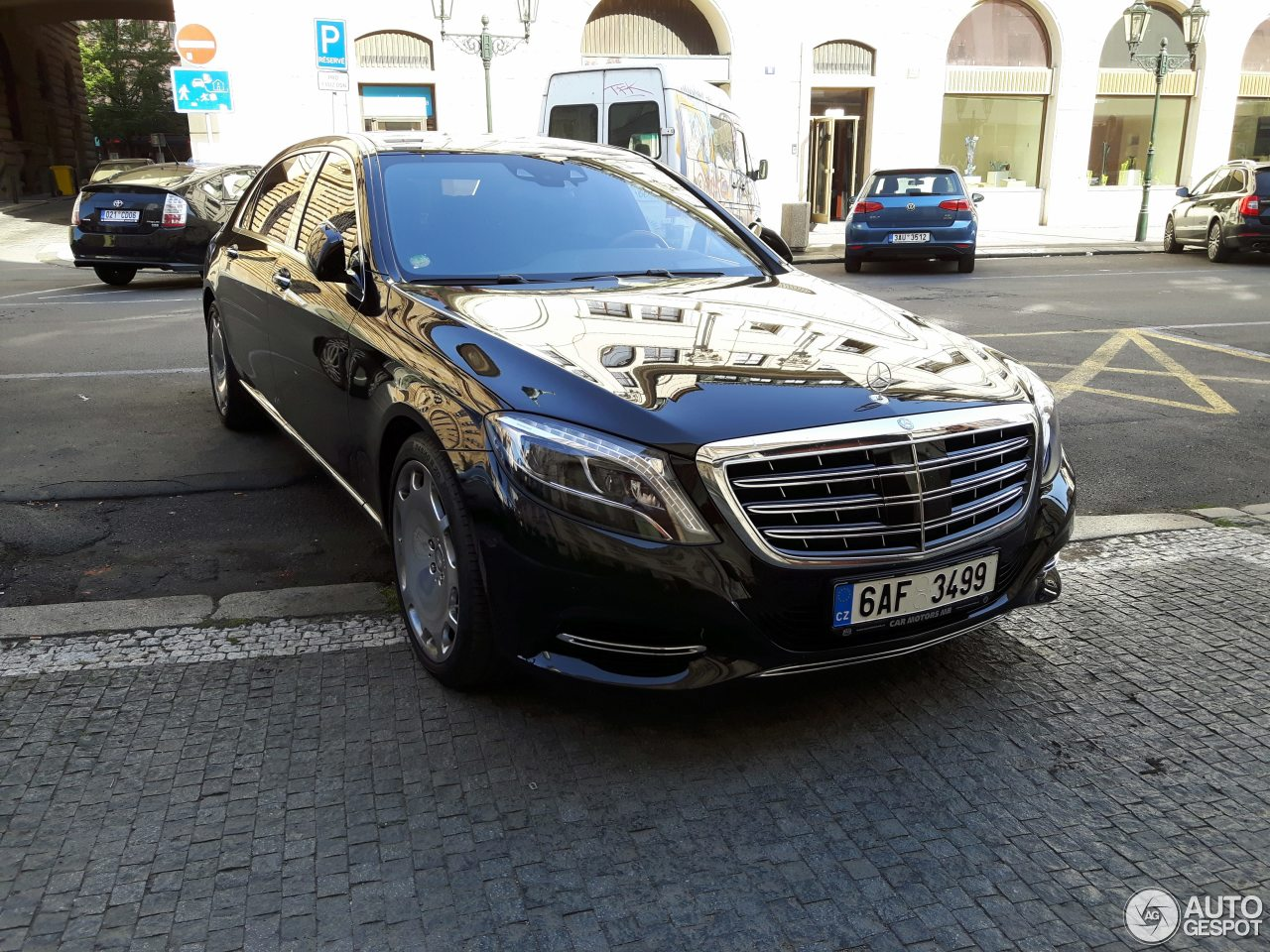 Mercedes maybach s600 10 august 2017 autogespot for 2017 mercedes benz s600 maybach