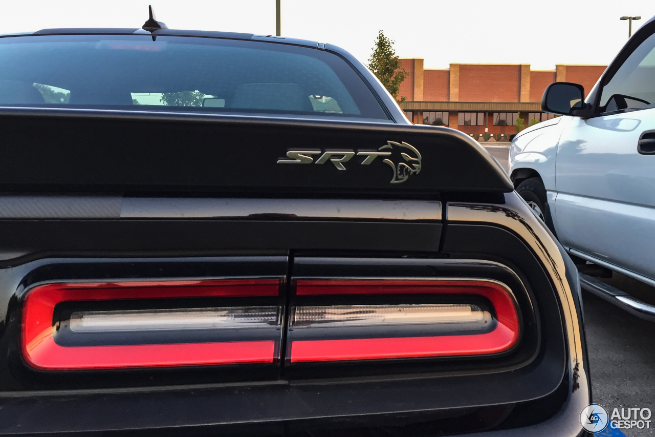 Dodge Challenger SRT-8 Hellcat 2017 - 12 August 2017 ...
