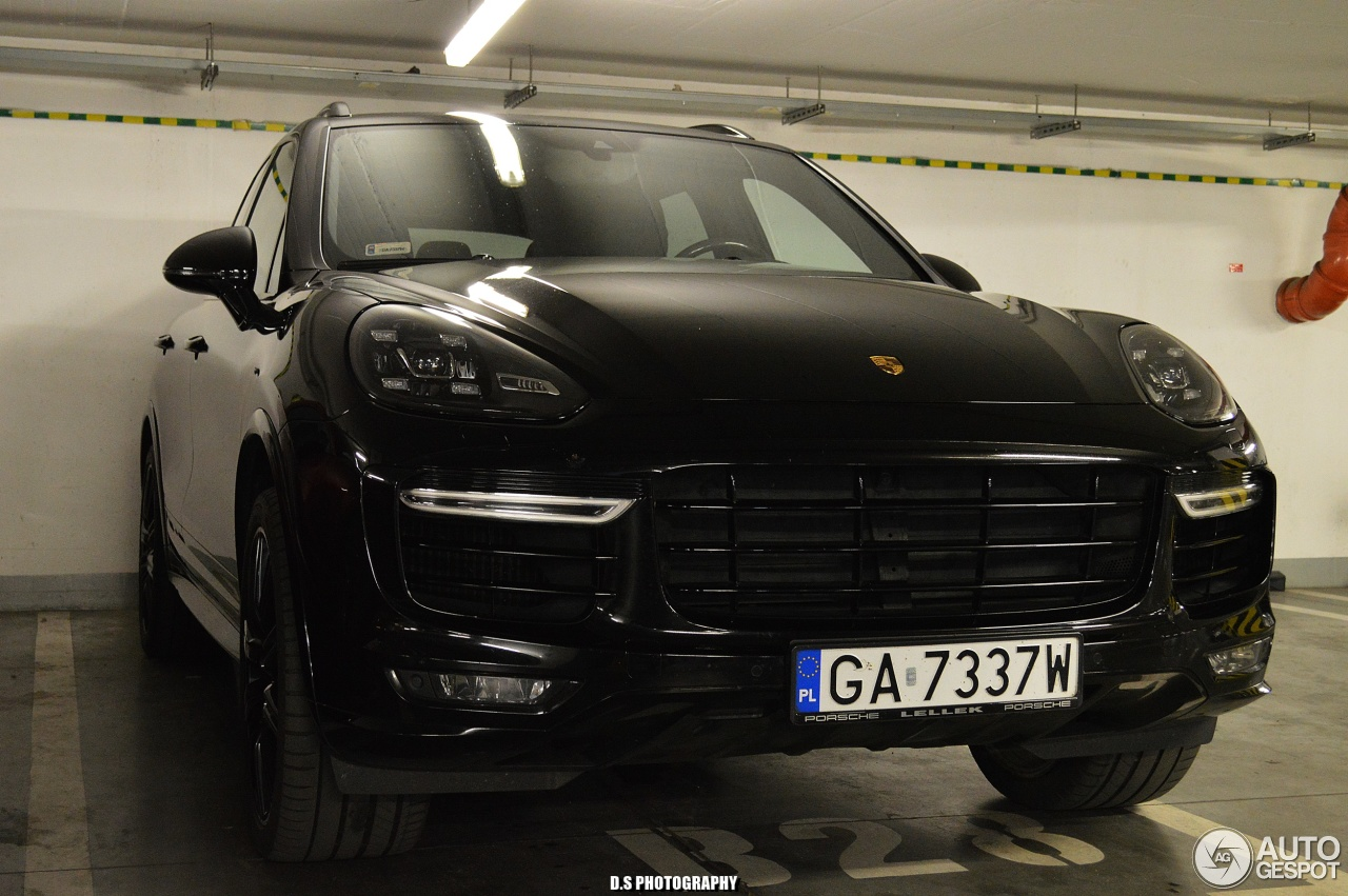 porsche 958 cayenne turbo s mkii 14 august 2017 autogespot. Black Bedroom Furniture Sets. Home Design Ideas