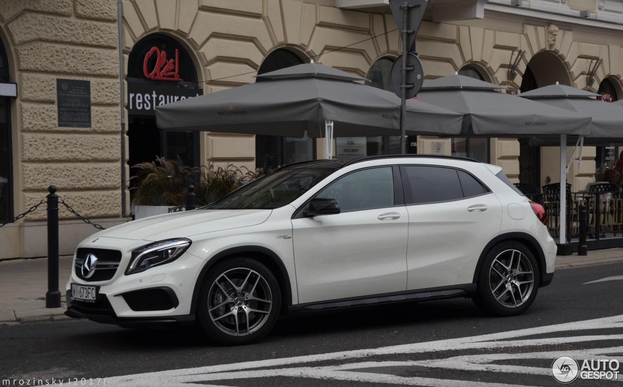 Mercedes benz gla 45 amg x156 15 sierpie 2017 autogespot for 2017 amg gla 45 mercedes benz