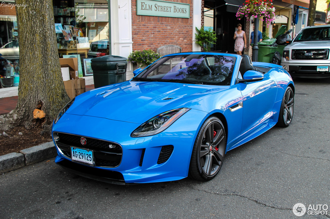 jaguar f type s awd convertible british design edition 19 ao t 2017 autogespot. Black Bedroom Furniture Sets. Home Design Ideas