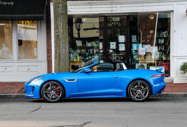 Jaguar F-TYPE S AWD Convertible British Design Edition