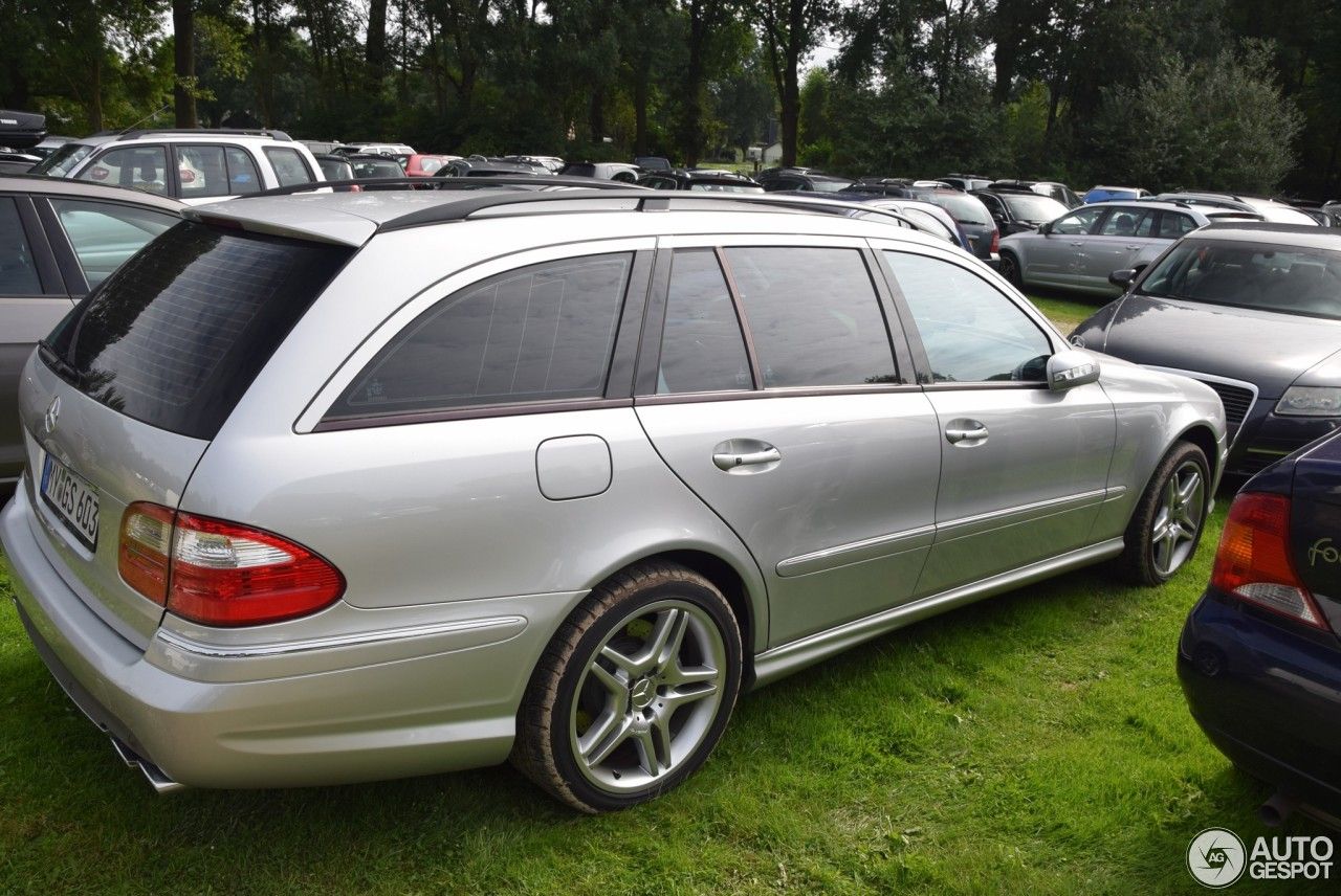 Mercedes benz e 55 amg combi 20 august 2017 autogespot for Mercedes benz e 55 amg