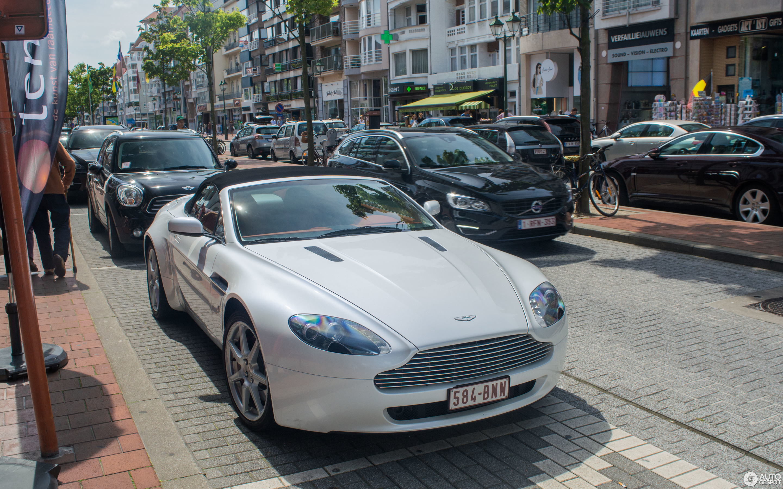 Aston Martin V8 Vantage Roadster 20 August 2017 Autogespot