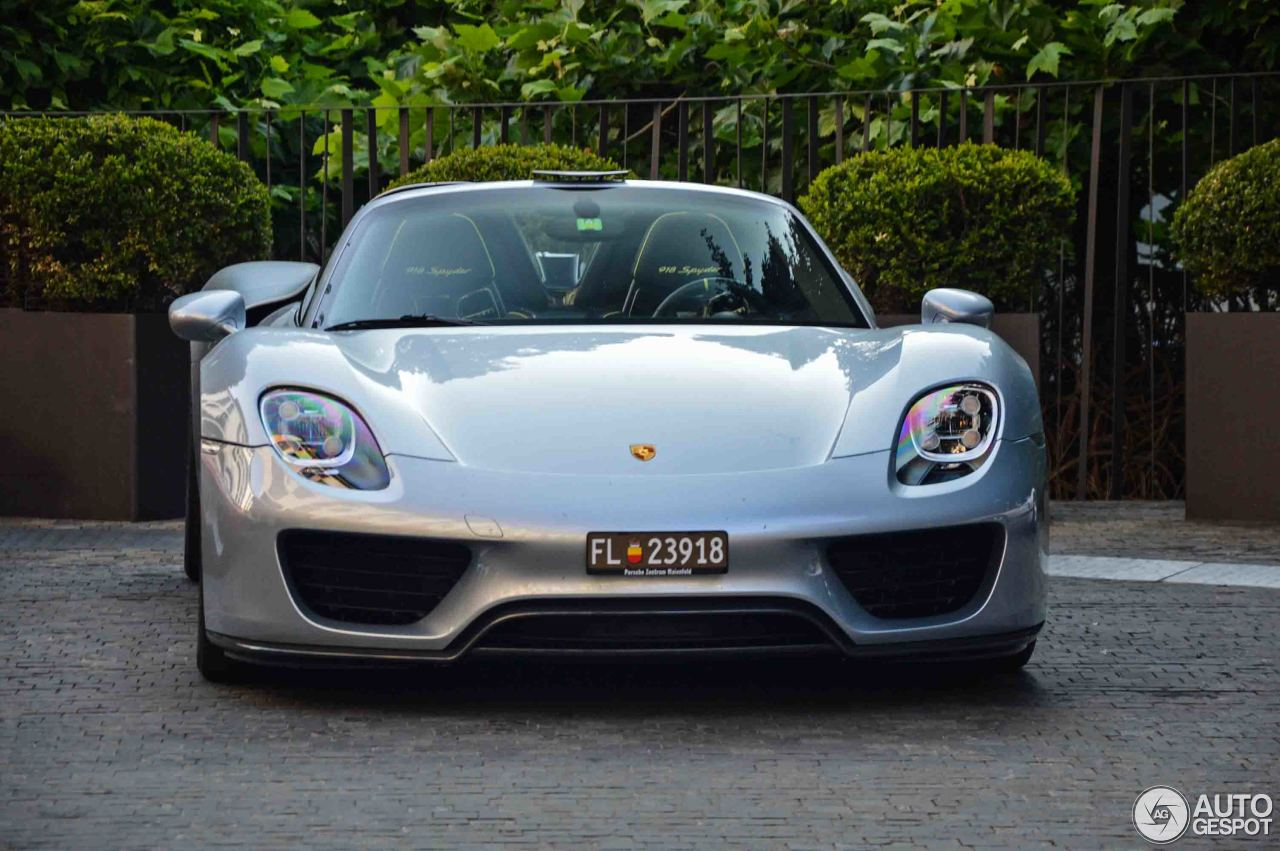 porsche 918 spyder 20 august 2017 autogespot. Black Bedroom Furniture Sets. Home Design Ideas