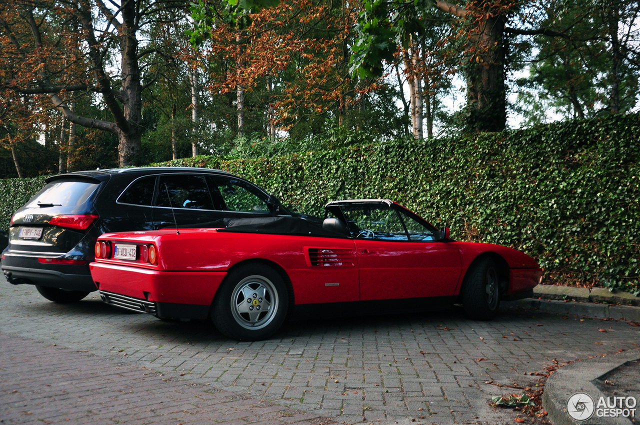 ferrari mondial t cabriolet 27 agosto 2017 autogespot. Black Bedroom Furniture Sets. Home Design Ideas