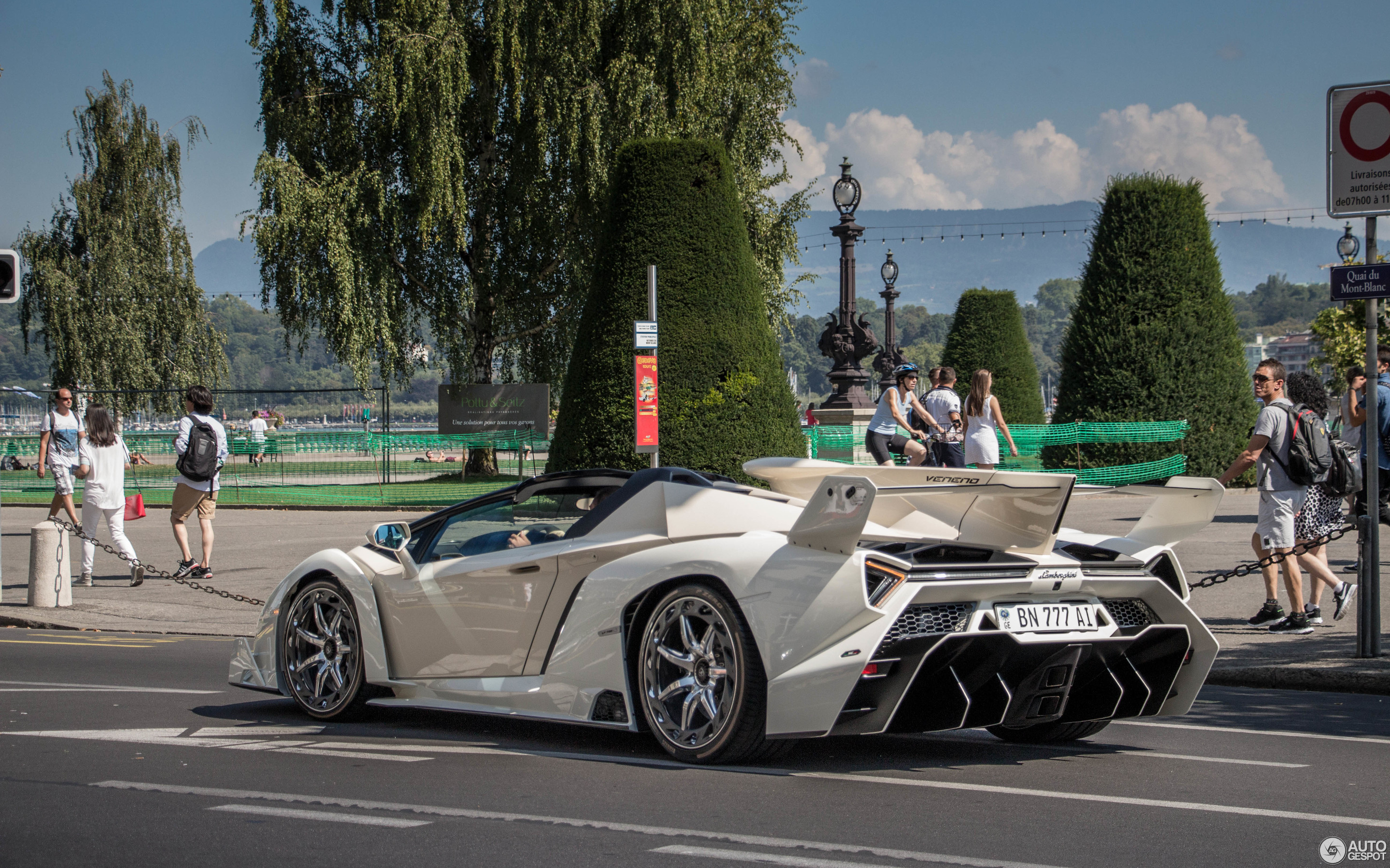 Lamborghini Veneno Roadster 28 August 2017 Autogespot