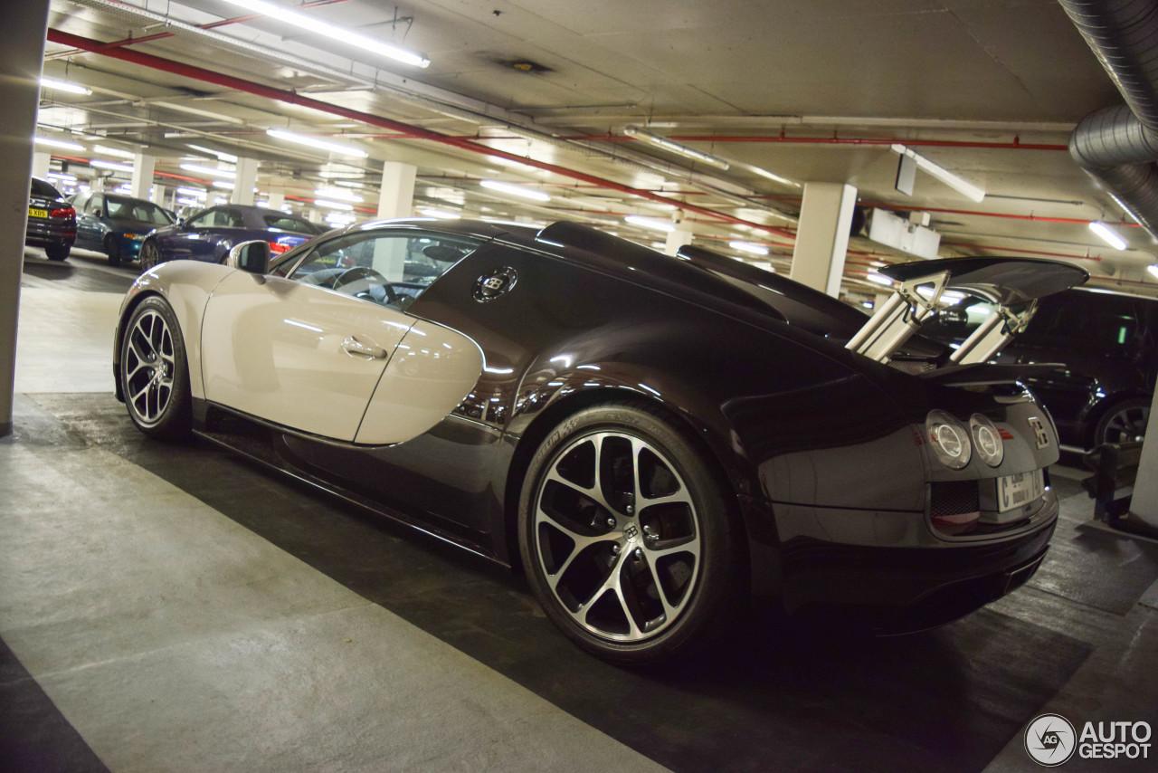 bugatti veyron 16 4 grand sport vitesse 31 agosto 2017. Black Bedroom Furniture Sets. Home Design Ideas