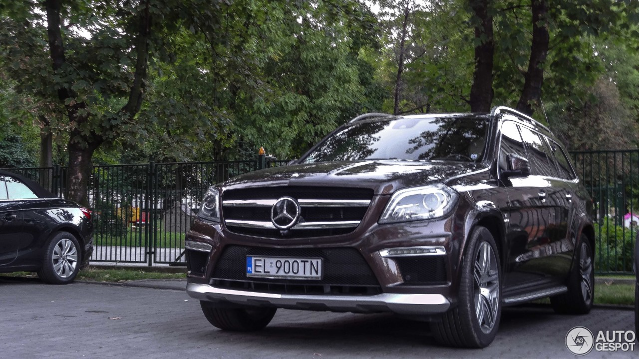 Mercedes benz gl 63 amg x166 31 august 2017 autogespot for 2017 mercedes benz gl450