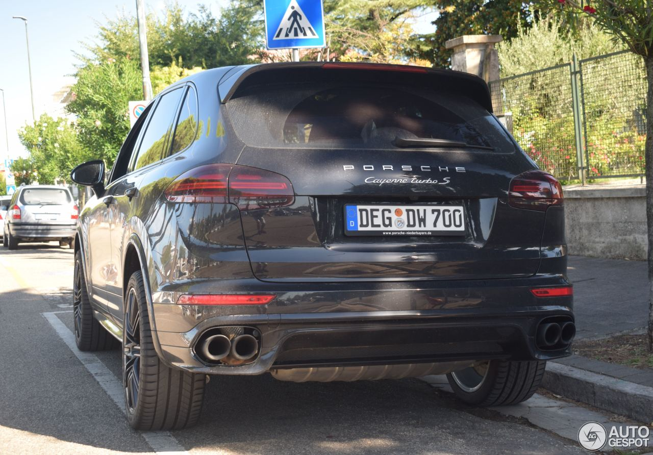 porsche 958 cayenne turbo s mkii 1 september 2017 autogespot. Black Bedroom Furniture Sets. Home Design Ideas