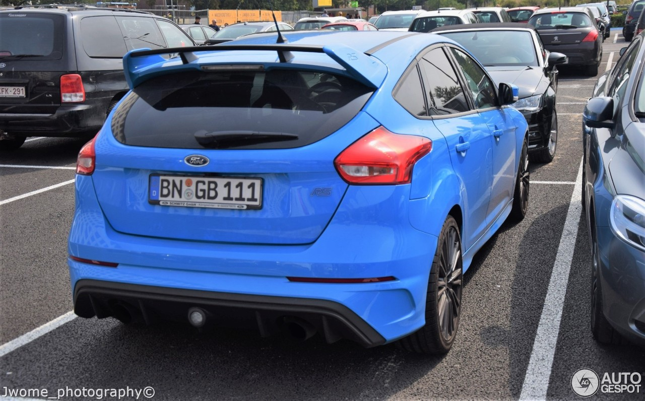 ford focus rs 2015 8 september 2017 autogespot. Black Bedroom Furniture Sets. Home Design Ideas