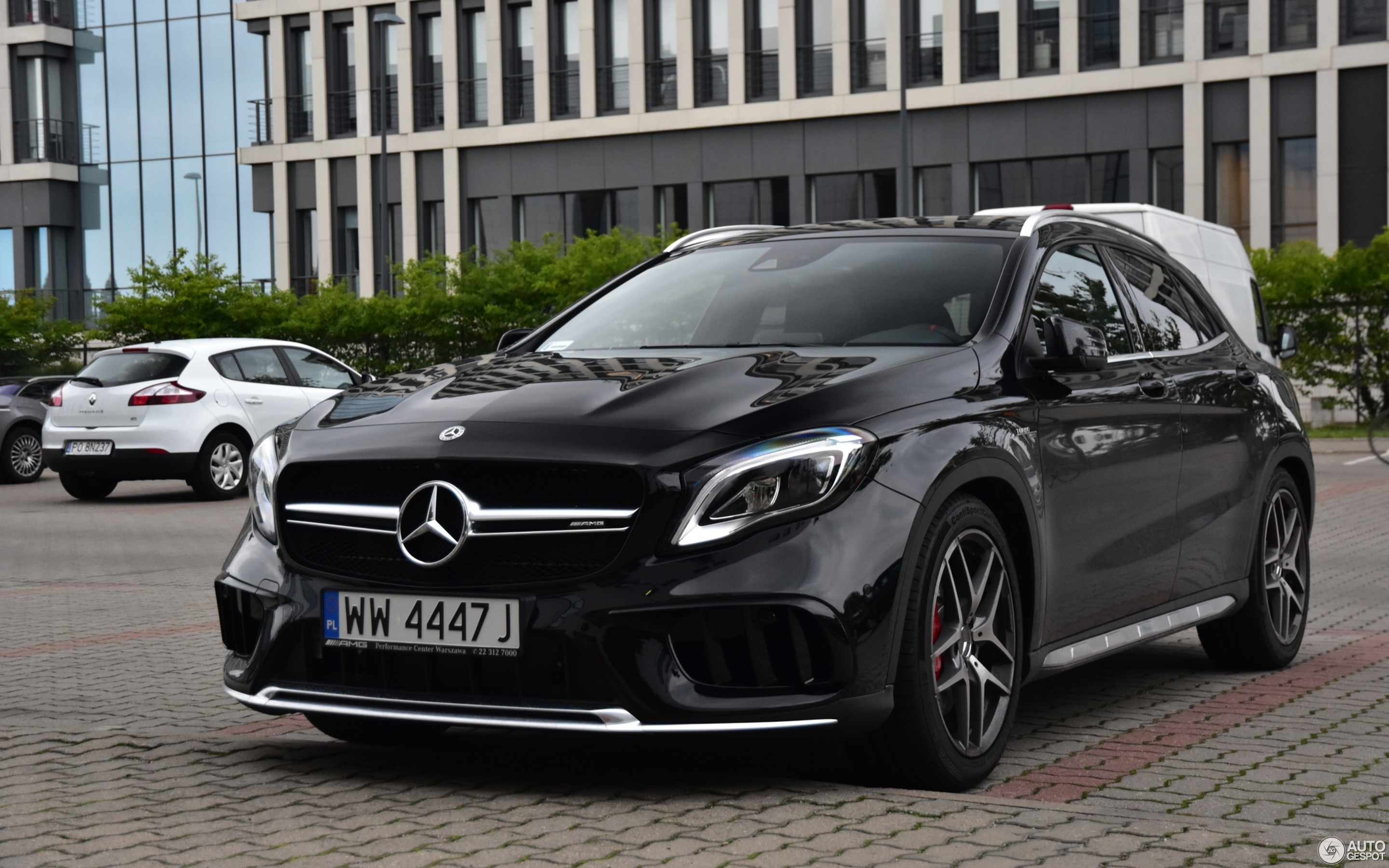 mercedes amg gla 45 x156 2017 8 september 2017 autogespot. Black Bedroom Furniture Sets. Home Design Ideas