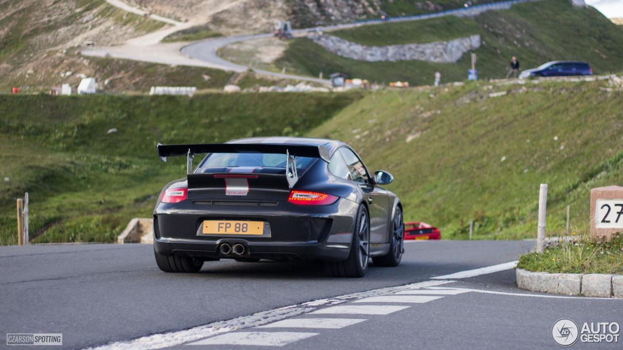 Porsche 997 GT3 RS 4.0 6