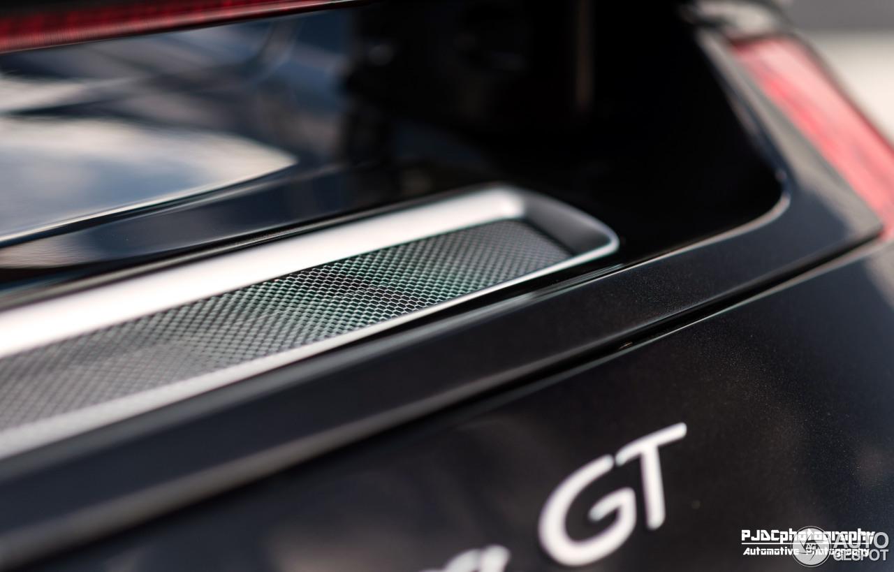 Porsche Carrera GT 10