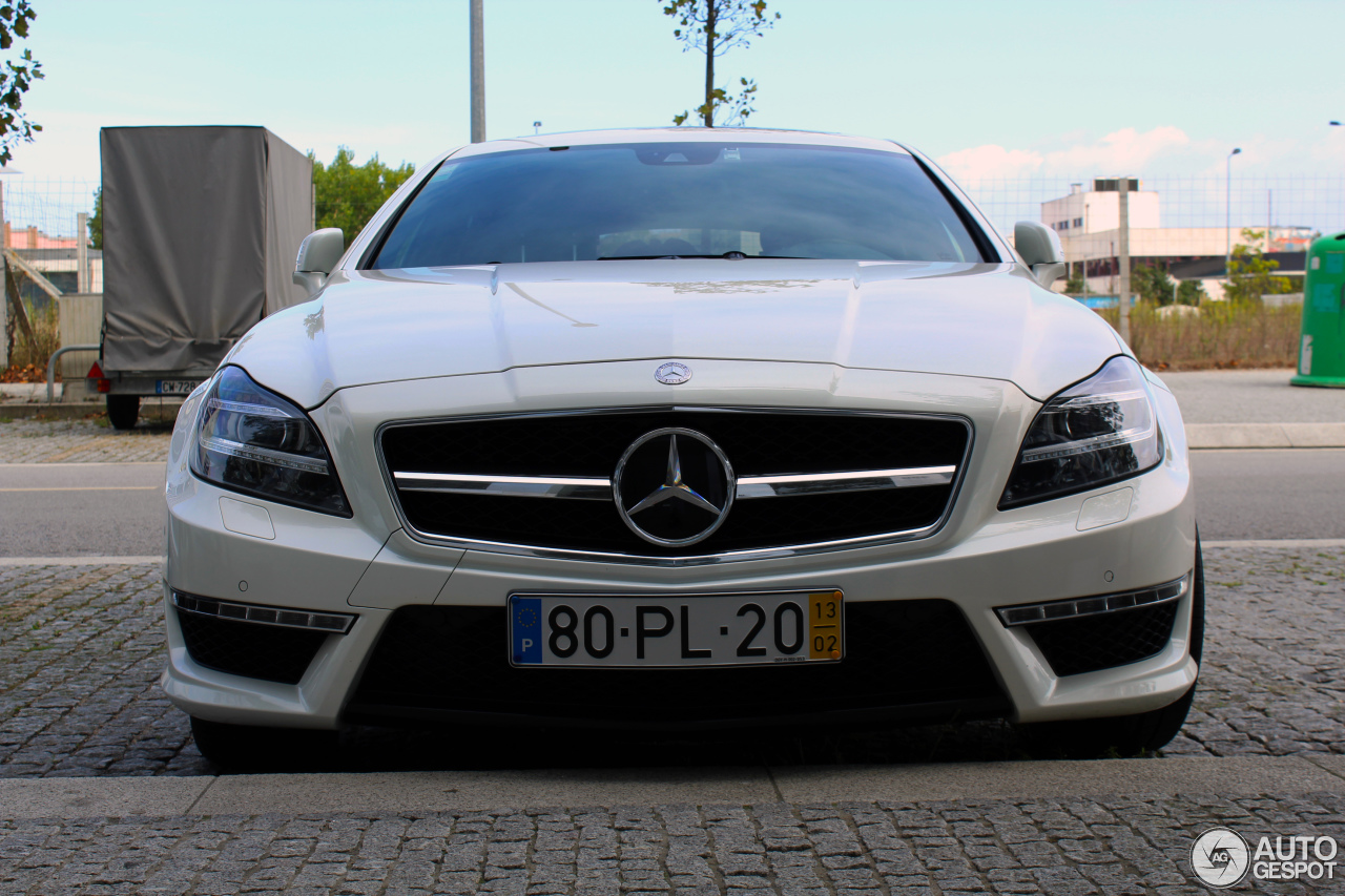Mercedes benz cls 63 amg x218 shooting brake 15 for 2017 amg cls 63 mercedes benz