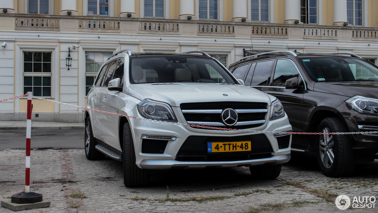 mercedes benz gl 63 amg x166 15 september 2017 autogespot. Black Bedroom Furniture Sets. Home Design Ideas